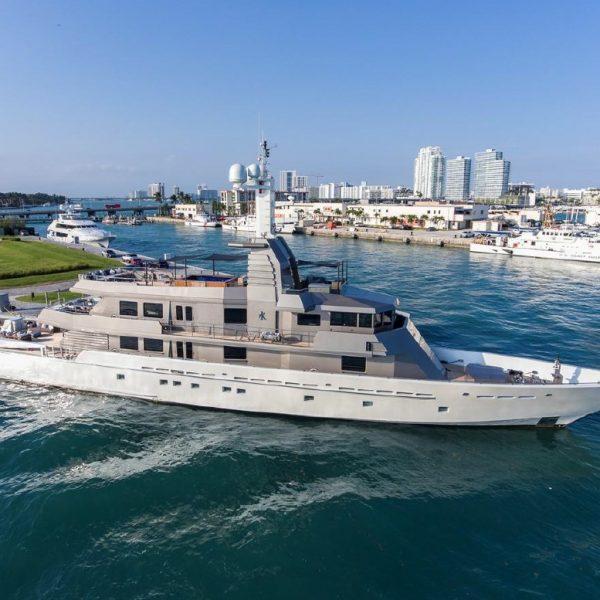 173 Oceanfast MIZU Yacht